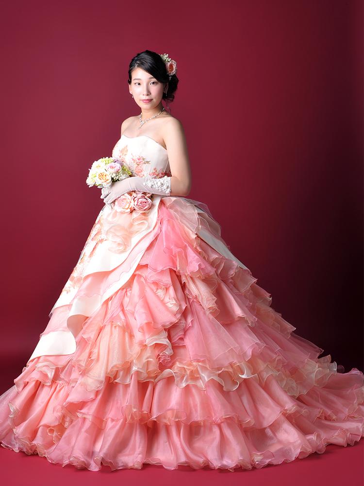 成人女性 ドレス
