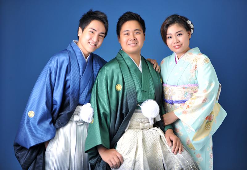 成人男性 / 紋服 / 袴 / 兄弟 / 家族和装