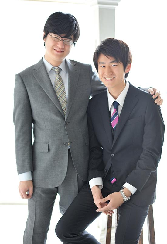 成人男性 / スーツ / 兄弟写真
