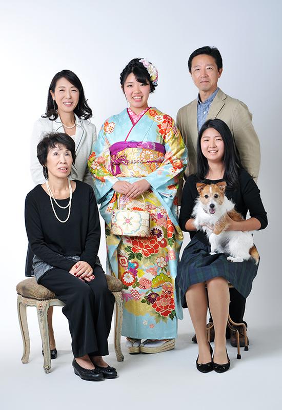 成人女性 / 振袖 / 家族写真 / ペットと一緒