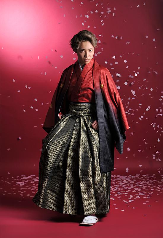 成人男性 / 紋服 / 袴 / 赤 / 桜吹雪