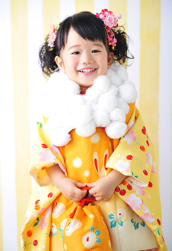 七五三3歳 / 女の子 / 着物 / 黄色 / ショール