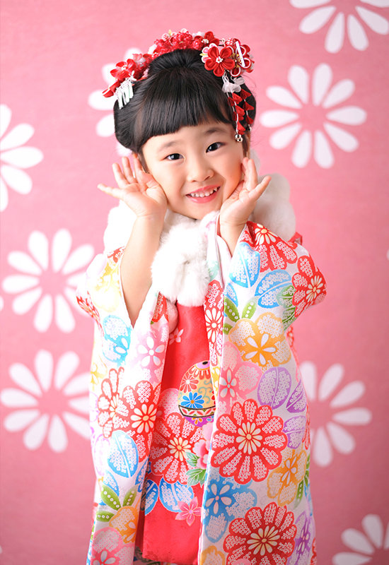 七五三3歳 / 女の子 / 着物 / ピンク / 日本髪