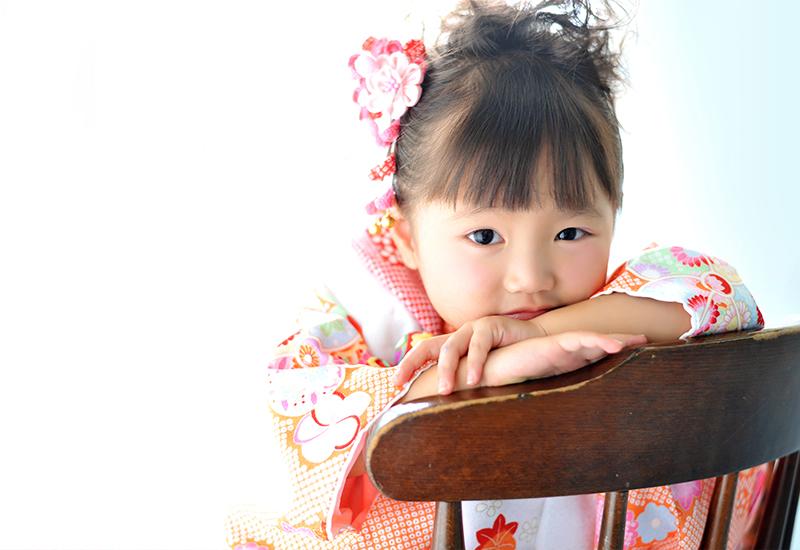 七五三3歳 / 女の子 / 着物 / オレンジ
