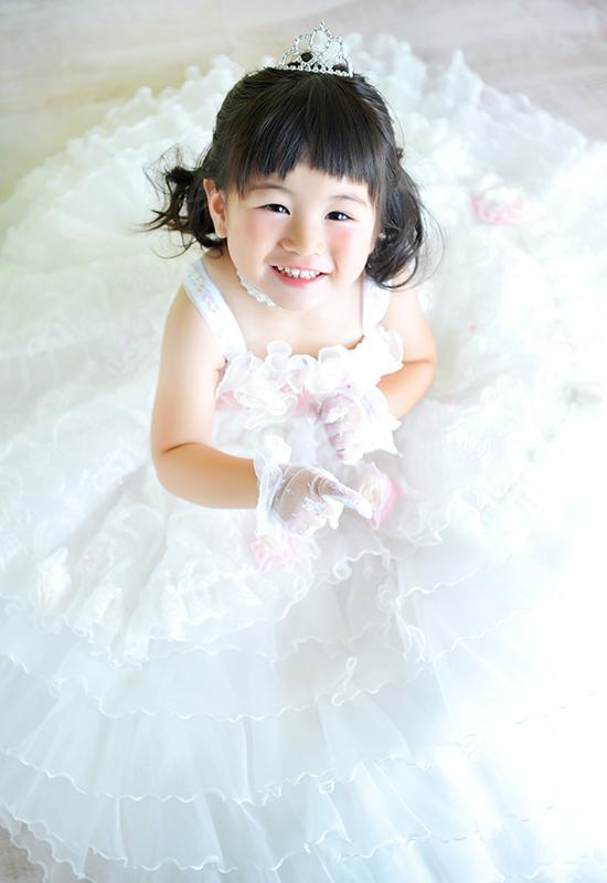 七五三3歳 / 女の子 / ドレス / 白