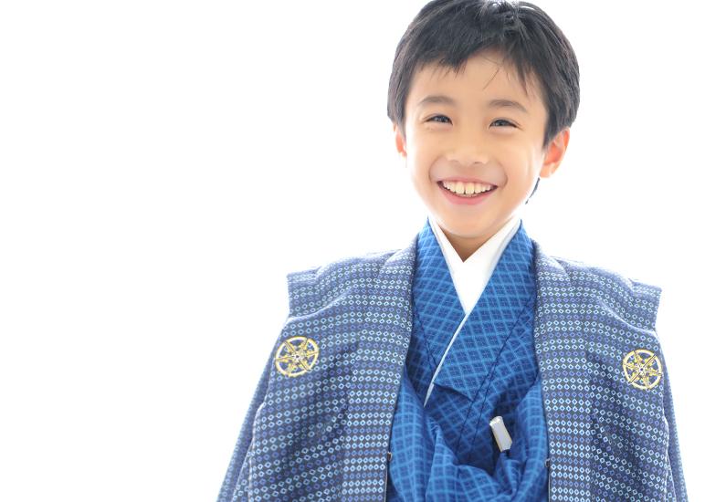 10歳 男の子 袴 青 笑顔
