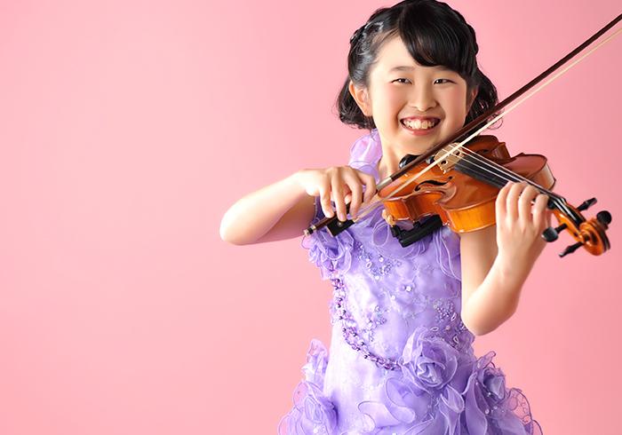 10歳 女の子 2分の1成人式 ドレス バイオリンと一緒に