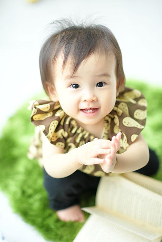 1歳 誕生日 女の子 私服 ピーナッツ柄 かわいい