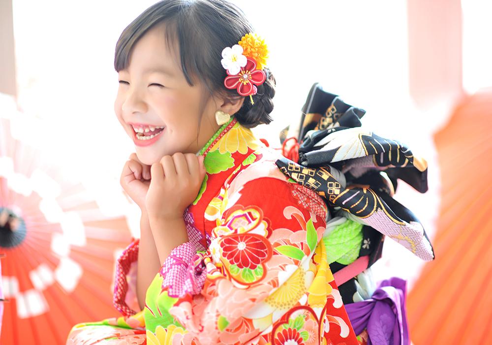 七五三 7歳 女の子 着物 笑顔