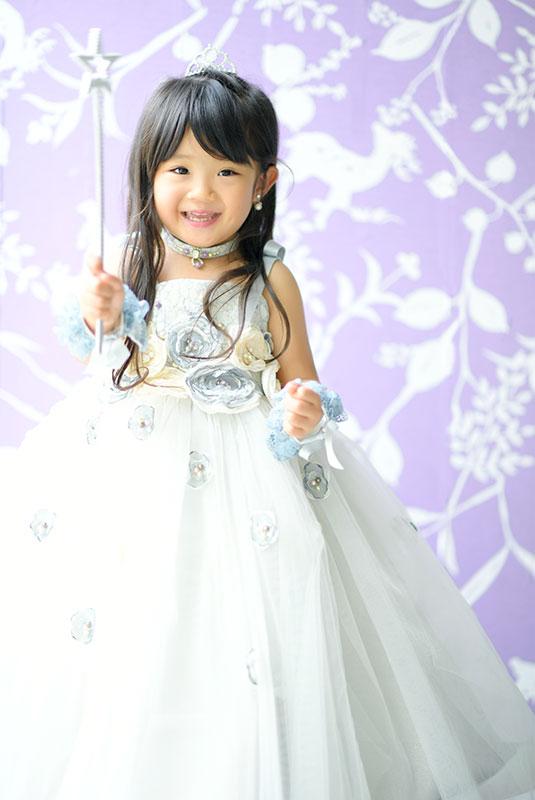 七五三 3歳 女の子 ドレス 水色 魔法の杖