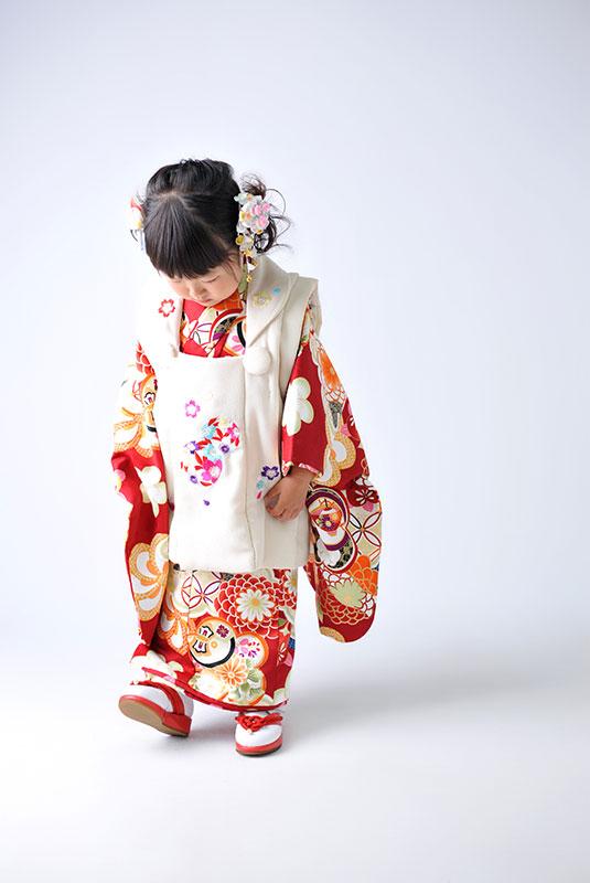 七五三 3歳 女の子 着物 赤 かわいい