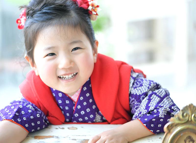 七五三 3歳 女の子 着物 持込 紫 自然光