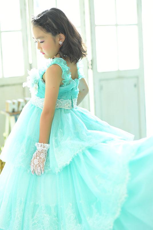 七五三 7歳 ドレス 水色 自然光 大人っぽい