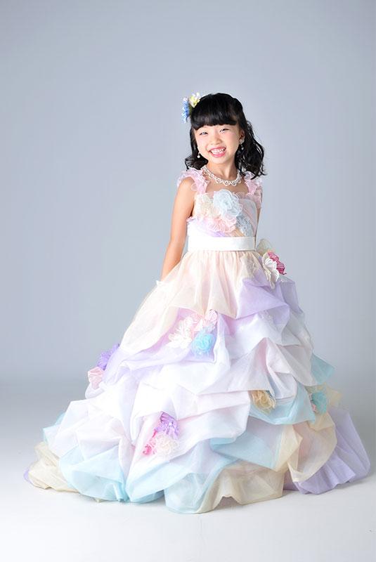 七五三 7歳 ドレス レインボー かわいい ストロボ ライティング きれい