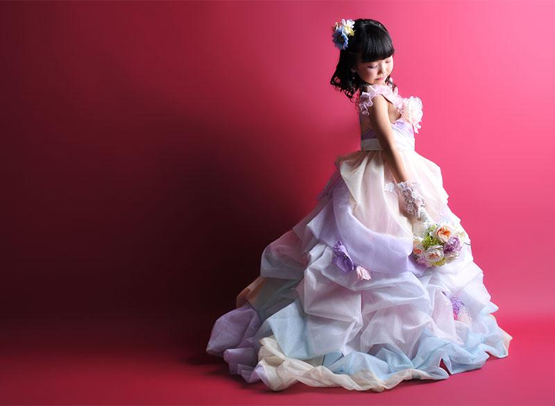 七五三 7歳 ドレス レインボー ブーケ ストロボ ライティング きれい