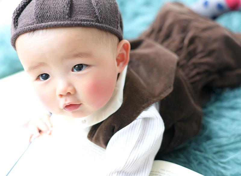 ハーフバースデー 男の子 カジュアル衣裳 どんぐり帽子