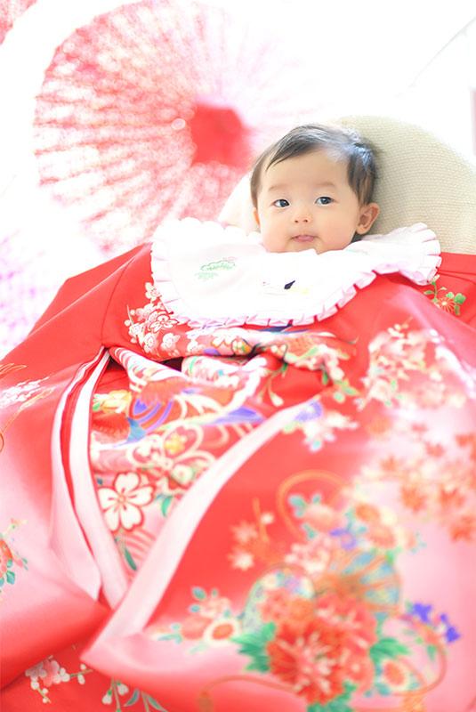 お宮参り 女の子 産着 祝着 ピンク 自然光