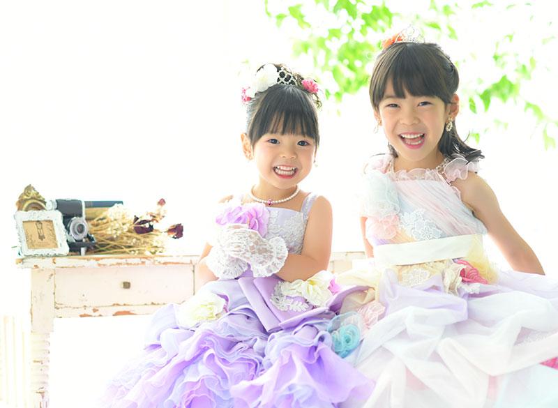 七五三 姉妹写真 2人 ドレス 自然光 おしゃれ