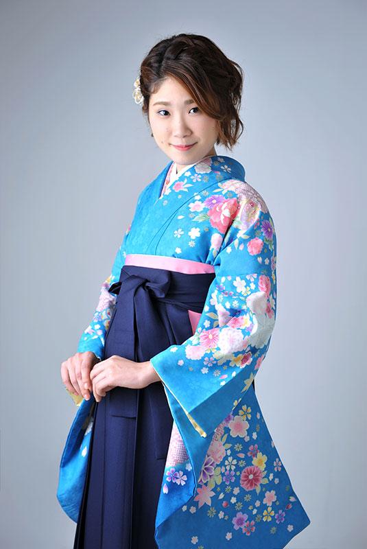 卒業袴 着物 水色 袴 紺 ストロボ ライティング きれい