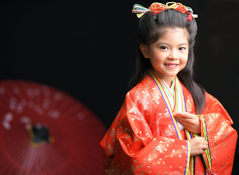 七五三 7歳 女の子 時代衣裳 十二単 ストロボ