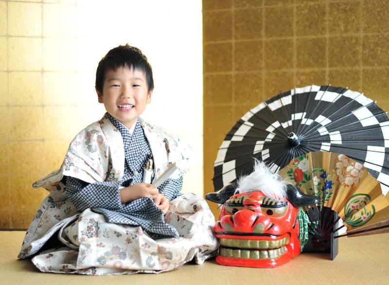 七五三 5歳 男の子 時代衣裳 陣羽織 自然光 獅子舞と