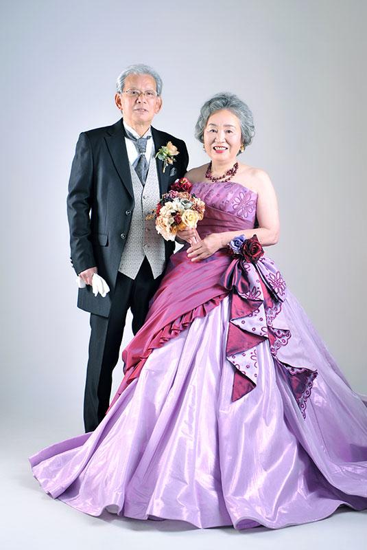 金婚式 記念 夫婦写真 ドレス タキシード ストロボ