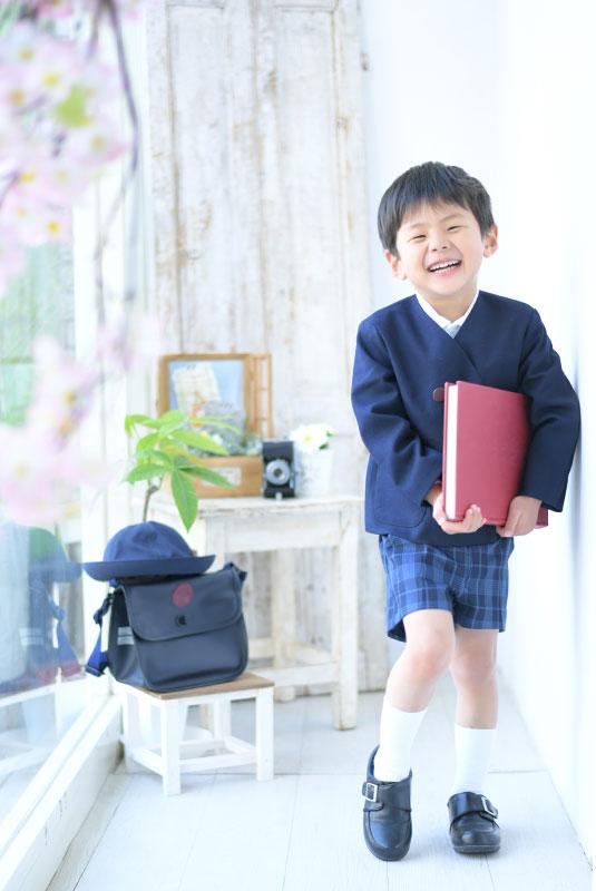 幼稚園 入園記念 男の子 桜と一緒に
